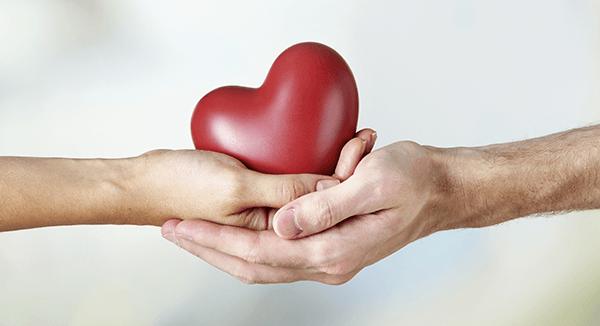 Contrata tu seguro de salud con Adeslas y benefíciate de un regalo especial