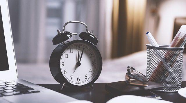 Dormir bien para vivir mejor: Higiene del Sueño con Adeslas