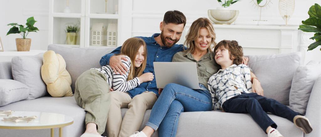 contratar seguro Adeslas online